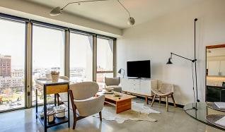 Living Room, Edison