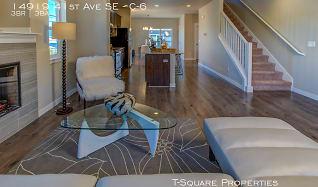 20689795_Living-5.jpg, 14919 41st Ave SE C-6