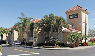Building, Furnished Studio - Fort Lauderdale - Davie