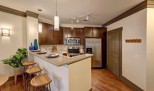 Kitchen, 712 Tucker