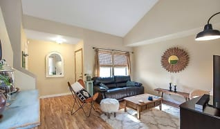 Living Room, 2527 N Richie Pl