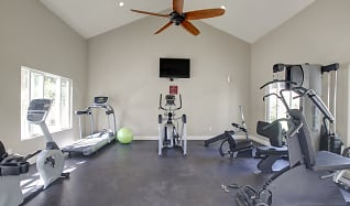 Fitness Weight Room, Elan Cardiff By The Sea