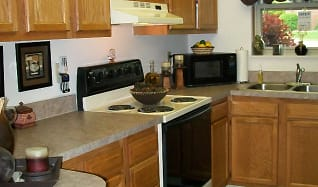 Kitchen, Creekside Townhomes / Cherryhill