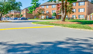 Building, Arbor Trace Apartment Homes
