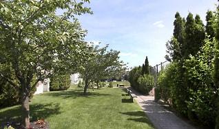 Landscaping, Fairfield Hills South at Farmingville