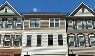9028 Endicott Place, Dale City, VA