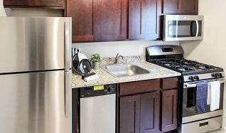 Kitchen, The Larchmont Estates