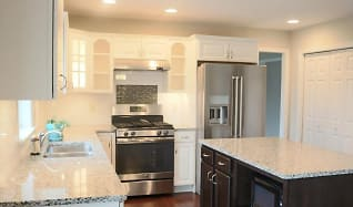 Kitchen, 140 Scenic Ridge Dr