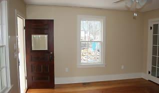 Living Room.JPG, 1106 Rhode Island