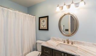 Bathroom, 936 23rd Ave Unit G