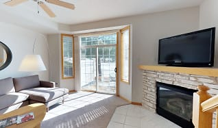 Living Room, Avalon Cove Townhomes