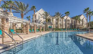 Pool, Deerwood Park Apartments