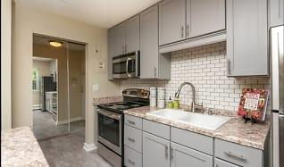Kitchen, Minikahda Court Apartments