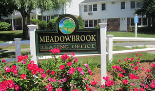 Community Signage, Townhomes at Meadowbrook Village