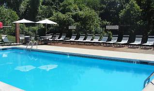 Pool, Bennington Ridge