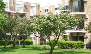 Building, Glen Oaks Commons