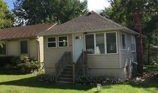 Building, 832 Bayfield
