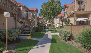 Building, Mosaic Apartment Homes