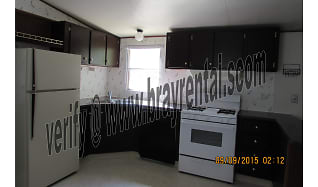 kitchen.jpg, 3065 1/2 Grosbeak Ct