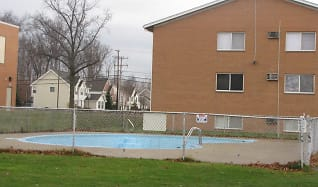 Pool, Northfield Terrace