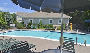Pool, Fairfield Gables At South Setauket