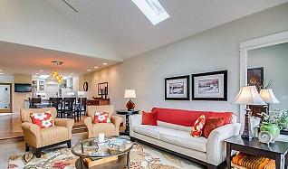Living Room, 3311 W Lancaster Avenue