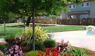 Washington Townhomes, Ashland, CA