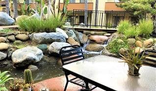 1157 Via Montoya, Village at the Park, Camarillo, CA