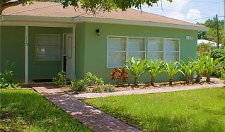113 Bayshore Rd, Nokomis, FL