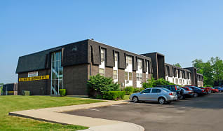 Arlington Village Townhomes and Flats, Park Layne, OH