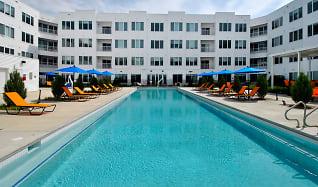 Pool, The George
