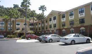 Building, Furnished Studio - San Diego - Hotel Circle