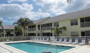 Pool, Cabana Club South