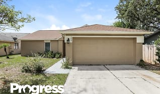 1009 Black Willow Dr, Oviedo, FL