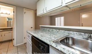Kitchen, 8400 Beech