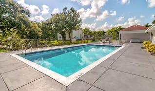 Pool, Golf Villas Square
