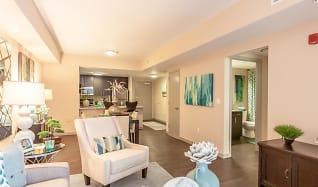 Living Room, Shorecrest Club Apartments