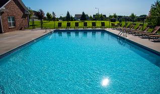 Pool, Whispering Ridge