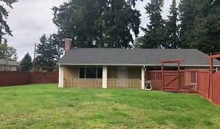 Building, 13746 Roosevelt Way N,