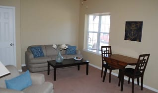 Living Room, Greystone Woods Townhomes
