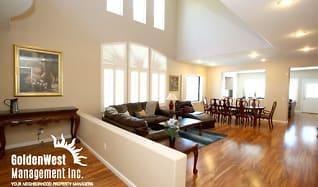 Living Room, 10588 Isola Bella St