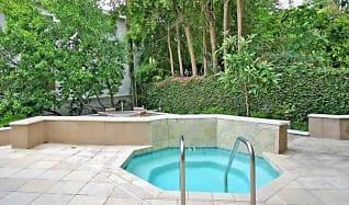 Pool, Sherman Oaks Renaissance