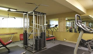 Fitness Weight Room, Briarwood Gardens