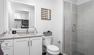 Bathroom, 40 Point St Unit 44