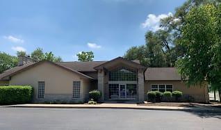 Building, Avon Lakes Estates