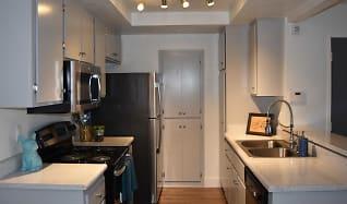 Kitchen, River Oaks Condominiums