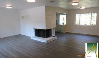living, 815 9th Ave