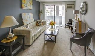 Living Room, Gull Harbor