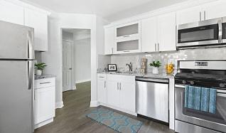 Kitchen, Eagle Rock Apartments At Woodbury