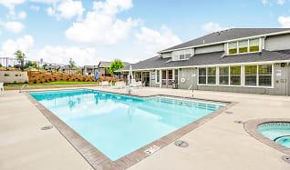 Pool, Acero West Salem